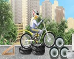 Trial-set-with-a-motorcycle-in-the-city